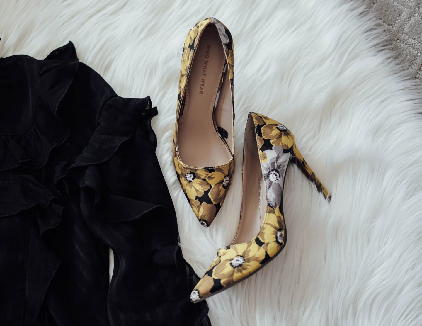 I'm sharing my favorite pieces from Who What Wear's Spring 2017 Collection for Target, including these yellow floral printed pumps. Head over to TheDandyLiar.com to see the rest of my favorites from the collections.