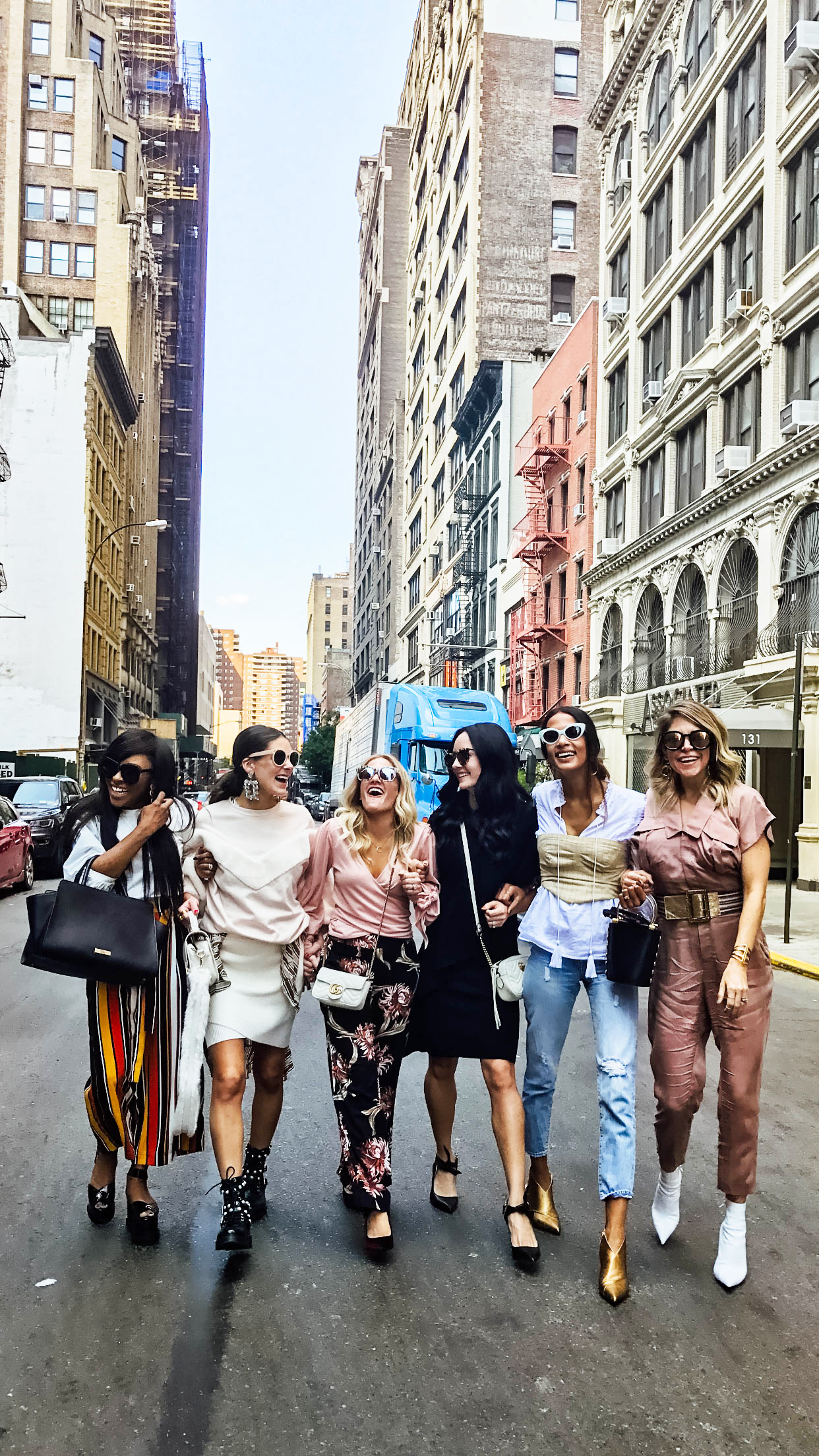 I'm on The Dandy Liar sharing my Day 3 recap from New York Fashion Week 2017, including where I stayed, my outfits, show schedules and parties!