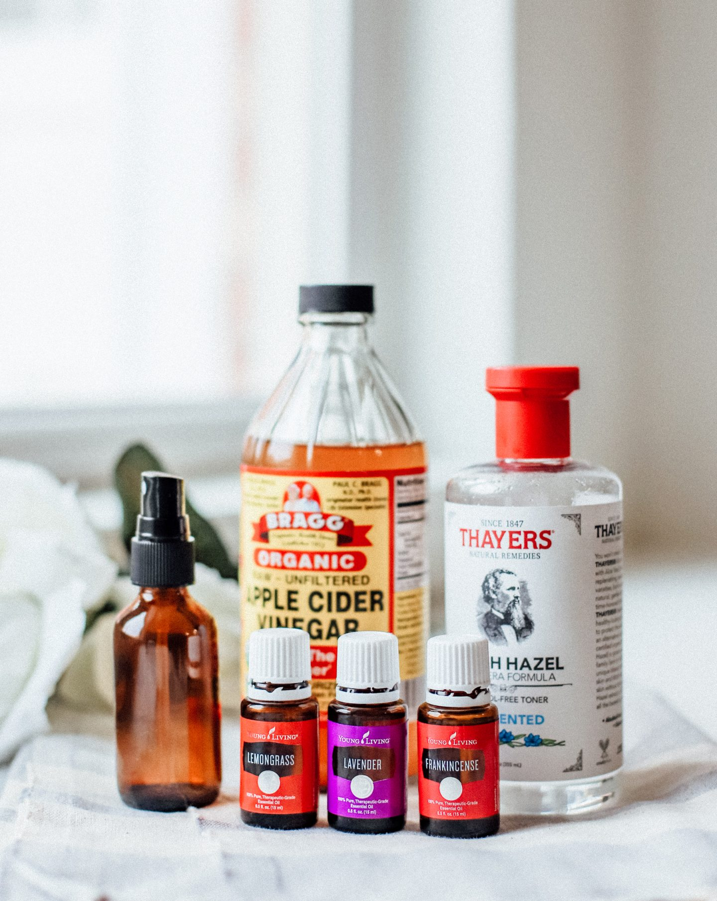 I am sharing my DIY toner for glowing skin that contains only 3 ingredients, and contains essential oils, apple cider vinegar, and witch hazel!