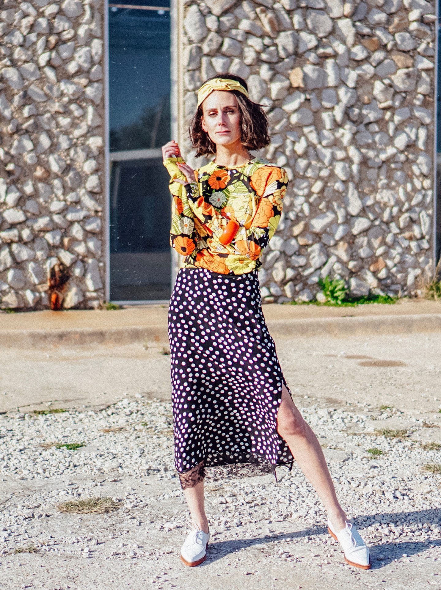 I am sharing two simple rules on how to mix prints and patterns like a pro, so that you can pull them off with confidence.